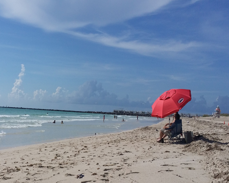 Miami Beach Helps Travelers De-Stress During the Holiday Season