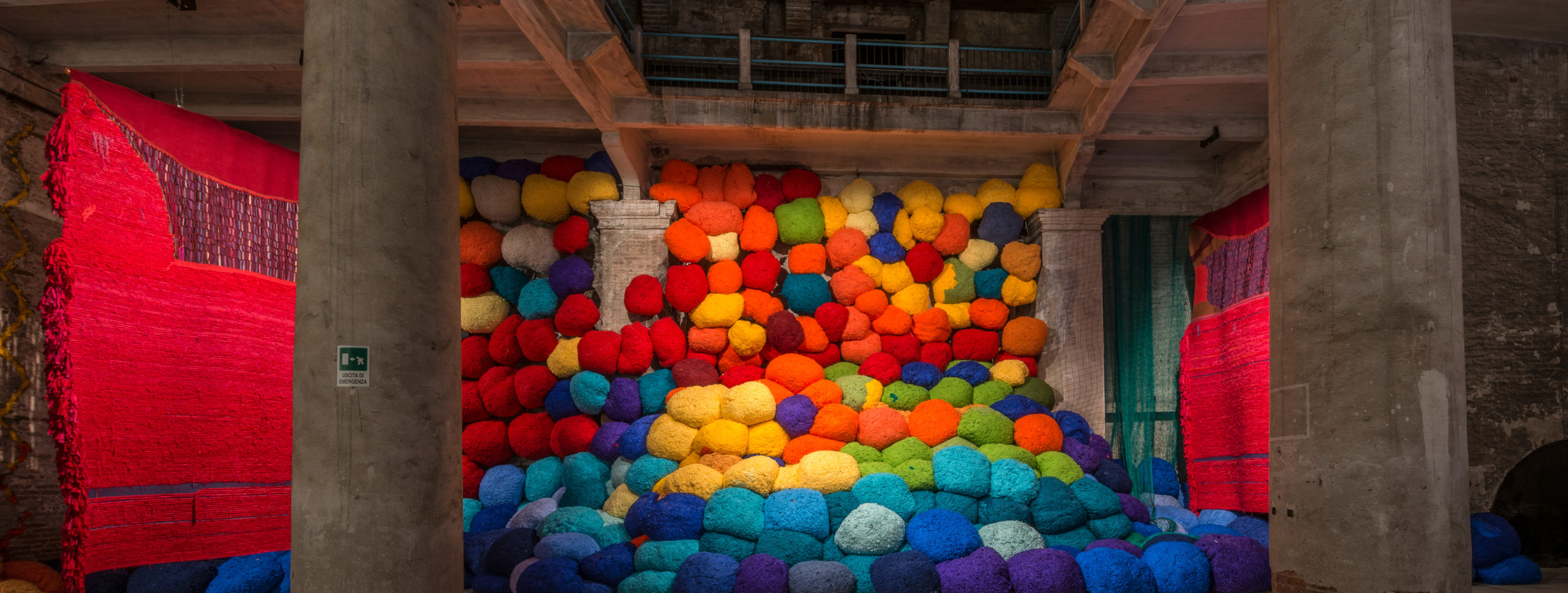 Campo Abierto (Open Field) by Sheila Hicks